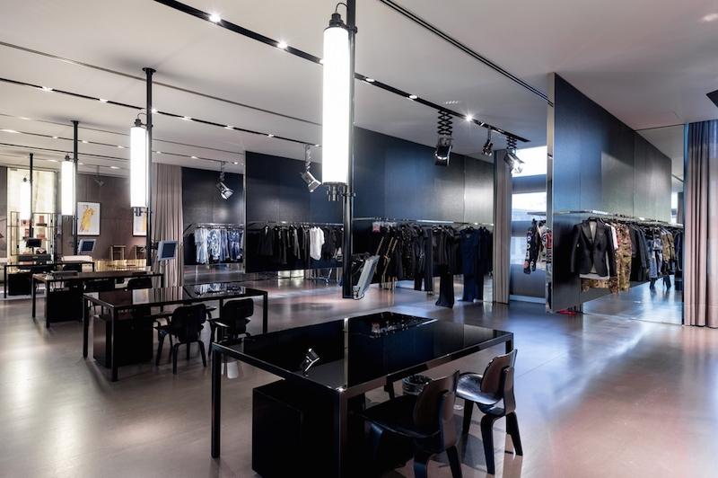 best service fd385 73bbf Staff International Showroom | multi-label showrooms | mini ...